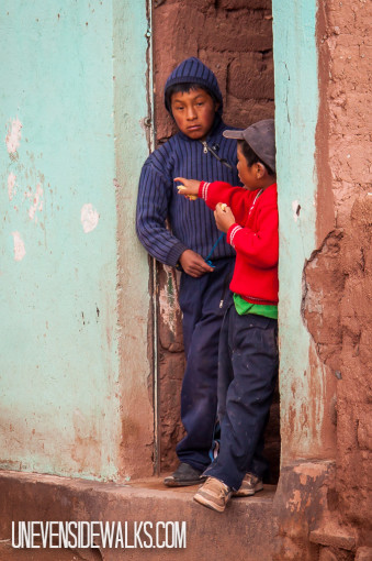 Bolivian boys watching us from the doorway