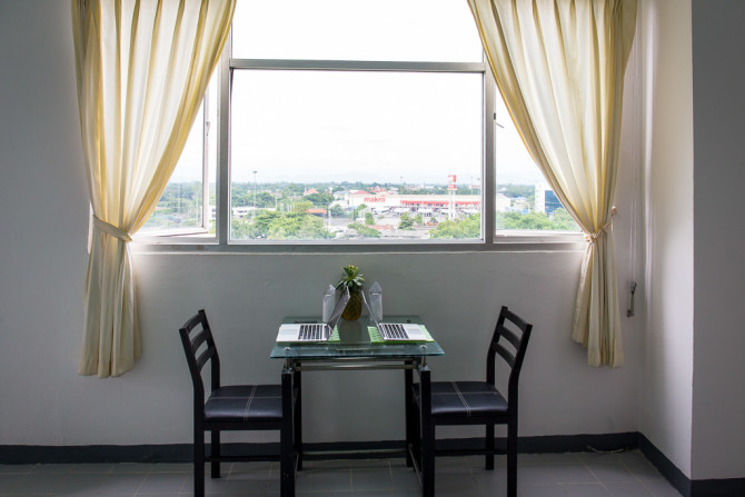 Hunting for an Apartment in Chiang Mai with Desk to Work and View