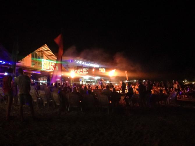 Phi phi fire dancing