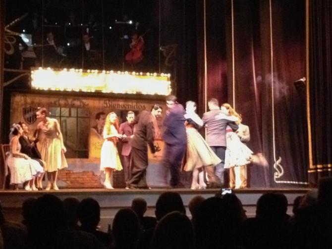 Tango Show Dancing